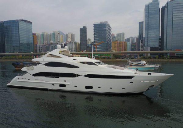 Sunseeker 131-Yacht-Side