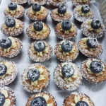 Ginger-sponge-with-crema-&-blue---berry-