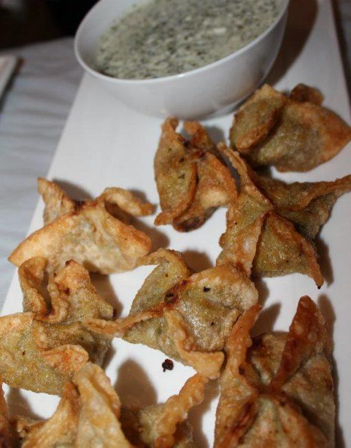 Vegetable-samosa curry on moni pasties